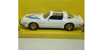 Pontiac Firebird Trans Am 1979 Blanco 1/43 Lucky Die Cast