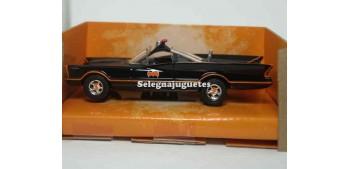 coche miniatura Batmobile Classic Tv Series 1/32 Jada