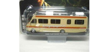 miniature car Fleetwood Bounde RV Breakind Bad 1986 1:43