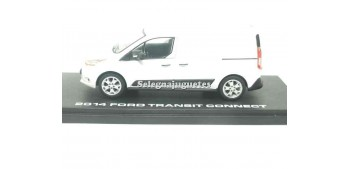 miniature car Ford Transit Connect 2014 1:43 Greenlight