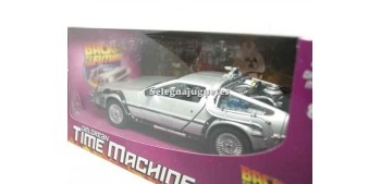 De Lorean DMC 12 Regreso al Futuro 1/24 Welly