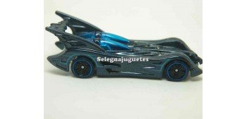 Batmobile Batman 1/64 Hot Wheels (sin caja)
