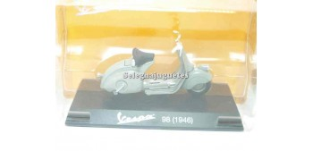 moto miniatura Vespa 98 1946 1/18 Maisto