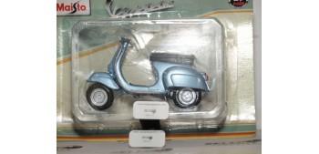 Vespa 90 Sella Lunga 1963 moto miniatura a escala 1/18 Maisto Maisto