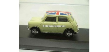 miniature car Mini cooper beige (showcase) 1:43 Guisval