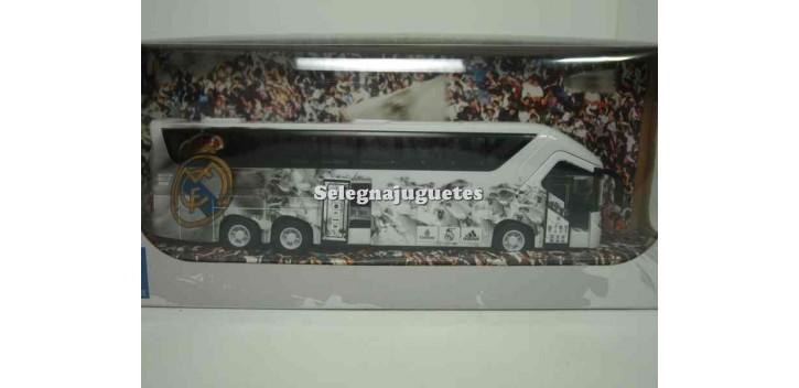 Bus Real Madrid 1/43