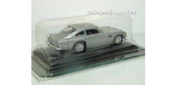 coche miniatura Aston martin 1/43 Ediciones del Prado