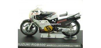 moto miniatura Suzuki RGB500 Marco Lucchinelli 1981 1/24 Ixo
