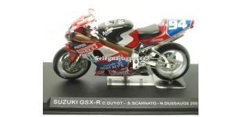 Suzuki Gsx R Guyot - Scarnato - Dussauge 2001 escala 1/24 Ixo