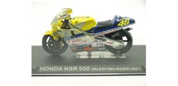 moto miniatura Honda Nsr 500 Valentino Rossi 2001 1/24 Ixo
