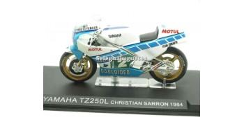 Yamaha TZ250L Christian Sarron 1984 1/24 Ixo moto miniatura metal Ixo