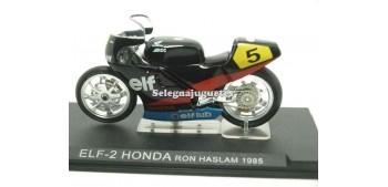 moto miniatura ELF-2 Honda Ron Haslam 1985 1/24 Ixo