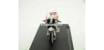 moto miniatura Honda RS125 Loris Capirossi 1991 1/24 Ixo