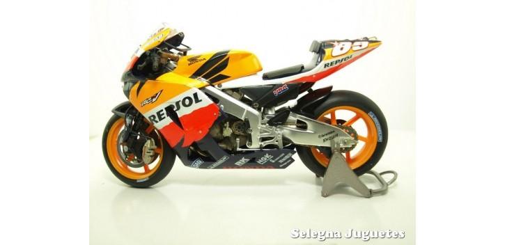 Honda RC 211 V Nick Hayden 2006 1/12 Altaya