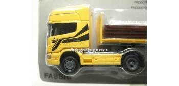 miniature truck Scania 164 Topline 1/87 Italeri