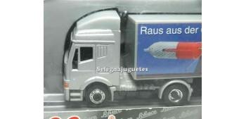 miniature truck Iveco 1/87 schucco