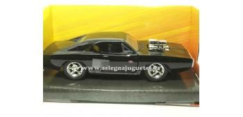 coche miniatura Dom´s Dodge Carger R/T Fast & Furious 1/32 Jada