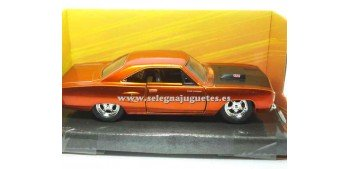 miniature car Dom´s Plymouth Road Runner Fast & Furious 1/32