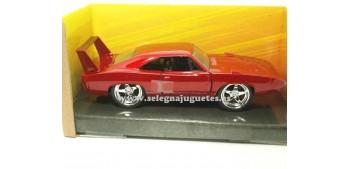 coche miniatura Dom´s Dodge Charger Daytona Fast & Furious 1/32
