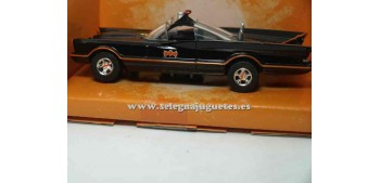 coche miniatura Classic Tv Series Batmobile 1/32 Jada