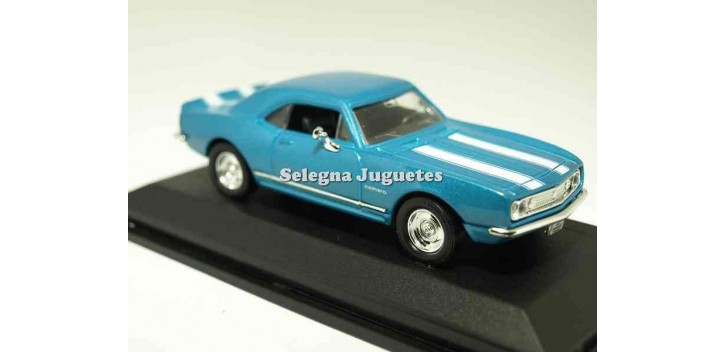 maquetas de coches Chevrolet Camaro Z-28 1967 azul scale 1/43