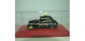 coche miniatura Peugeot 202 Michelin 1/43 Altaya (negro)