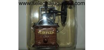 Molinillo café rueda siglo XIX (Miniatura)
