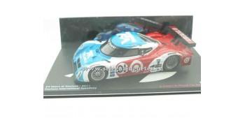 miniature car Bmw Riley 24 horas Daytona 2011 (showcase damage)