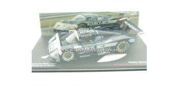 miniature car Sauber Mercedes C9 Le Mans 1987 1/43 Ixo