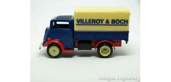 lead figure FORDSON TV VILLEROY & BOCH - CORGI Van