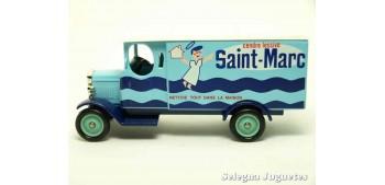 miniature car Morris Van Saint-Marc Corgi van