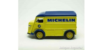 miniature car Citroen Type H Michelin Corgi van
