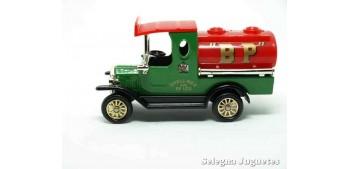 miniature car Ford T Bp Corgi van