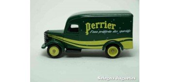 Bedford 30 CWT Van Perrier Corgi furgoneta
