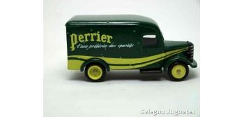 coche miniatura Bedford 30 CWT Van Perrier Corgi furgoneta