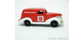 coche miniatura Chevrolet Van La Casera Corgi furgoneta