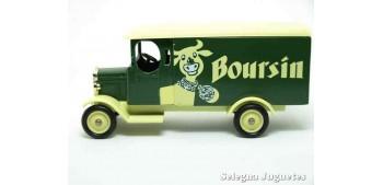 miniature car Morris Van Boursin Corgi van