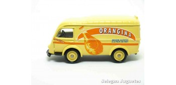 coche miniatura Renault 1000 Kg Orangina Corgi furgoneta