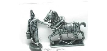 Mozo y caballo Gran armada de Napoleon 1/32