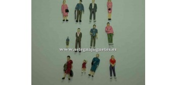 12 Figuras - Diorama 1/43 (artículo sin caja)