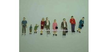 9 Figures - Diorama 1/43 (item without box)