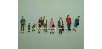 9 Figuras - Diorama 1/43 (artículo sin caja)
