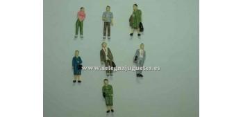 7 Figuras - Diorama 1/43 (artículo sin caja)