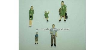 5 Figuras - Diorama 1/43 (artículo sin caja)