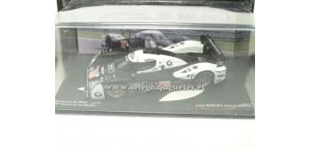 miniature car Lola B09/60 Aston Martin Le Mans (showcase