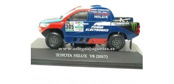 coche miniatura Toyota Hilux V8 2017 Dakar (vitrina) 1/43 Ixo