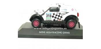 coche miniatura Mini All4 Racing 2016 Axion Dakar (vitrina)