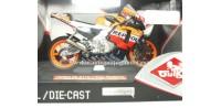 moto miniatura Honda Rc 211 Dani Pedrosa 1/10 Guiloy