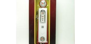 Surtidor Gasolina Chevrolet rectangular escala 1/18 Yat ming