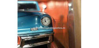maqueta Tucker Torpedo 1948 1/18 Lucky Die Cast (Defecto)